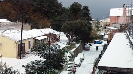 Στα «λευκά» ντύθηκαν πολλές περιοχές της Κέρκυρας