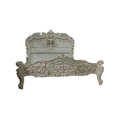 mebel ukir jepara,tempat tidur ukir jepara jati klasik Menteng cat duco french style italian furniture.code 90035