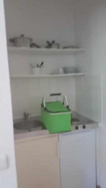 Die kleine, aber feine Küchenzeile im Hotel Schloss Teutschenthal in Teutschenthal (Sachsen Anhalt)