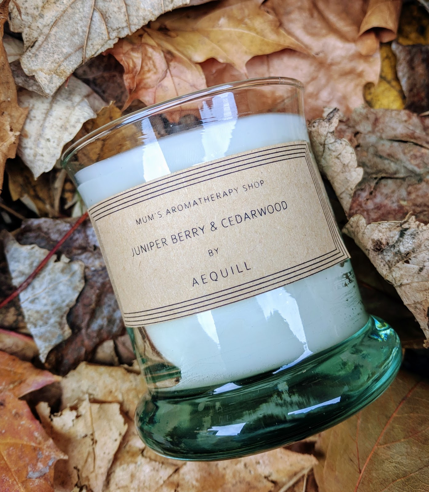 Aequill Juniper Berry and Cedarwood Candle