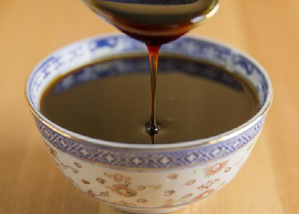 What are the benefits of black honey for children?