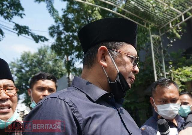 Moeldoko, Bamsoet hingga La Nyalla Melayat Ibunda Jokowi di Solo
