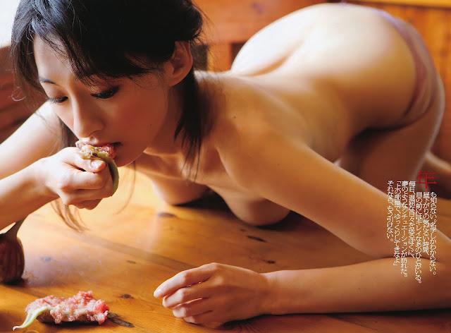 Umemiya Masako 梅宮万紗子 Weekly Playboy No 30 2011 Wallpaper HD