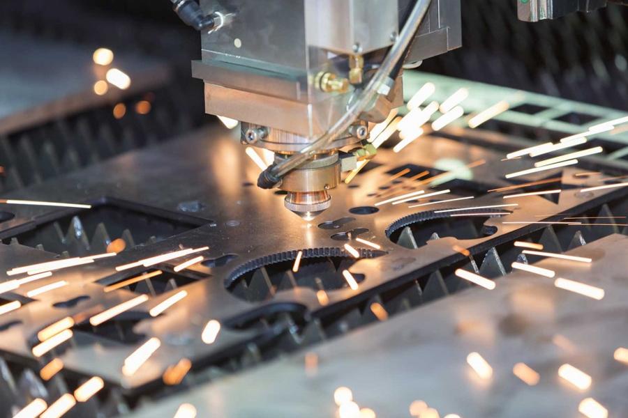 Gia công cắt gọt kim loại là gì? Vật liệu làm dao cắt gọt kim loại là gì?