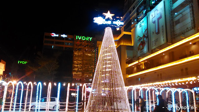 penang times square christmas outdoor decoration