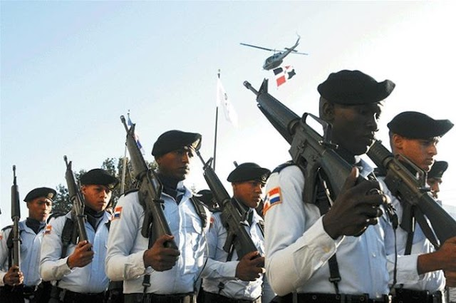 Presidente: Asciende 837 militares FARD