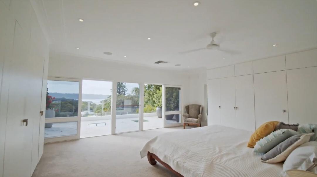 21 Interior Design Photos vs. 18 Burrabirra Ave, Vaucluse Luxury Home Tour