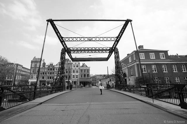 Ponte ad Amsterdam