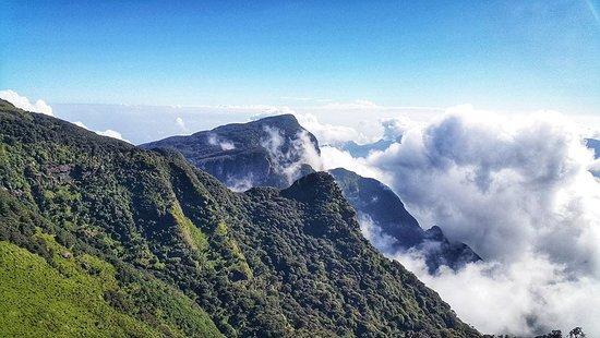 سلسلة جبال ناكلز