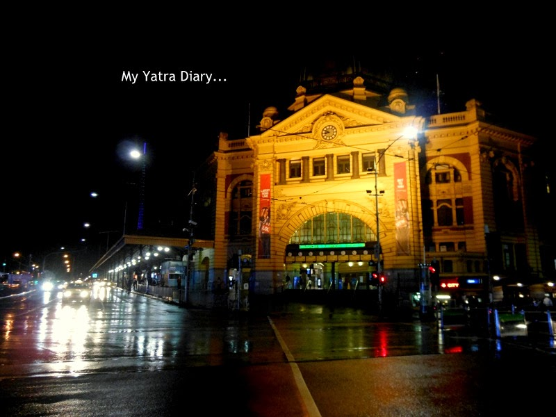 Flinders street station at night, Melbourne Australia