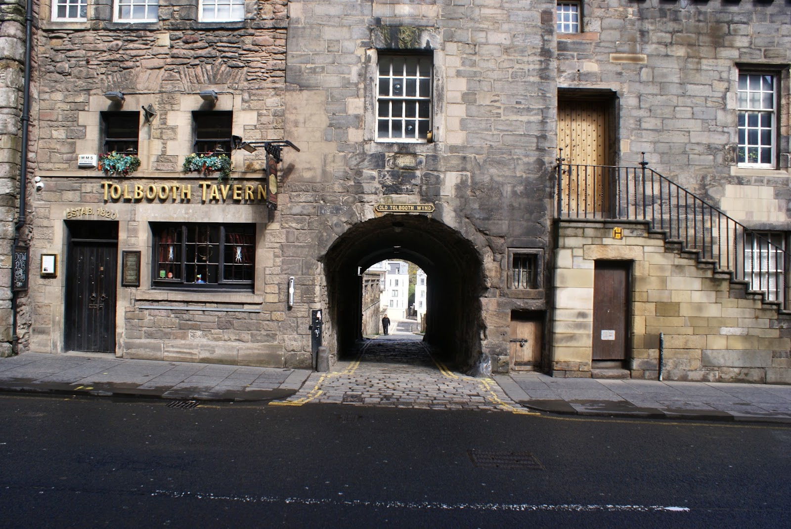 edinburgh scotland uk high street royal mile