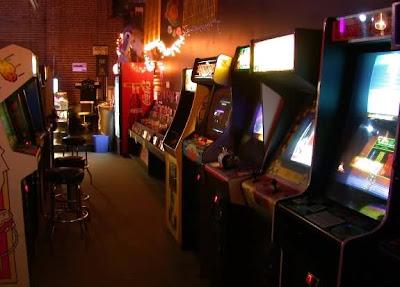 una sala giochi anni 80