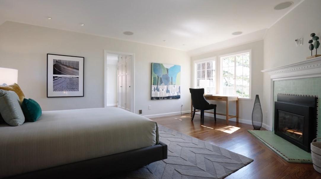 39 Interior Design Photos vs. Tour 96 Parnassus Rd, Berkeley, CA Home