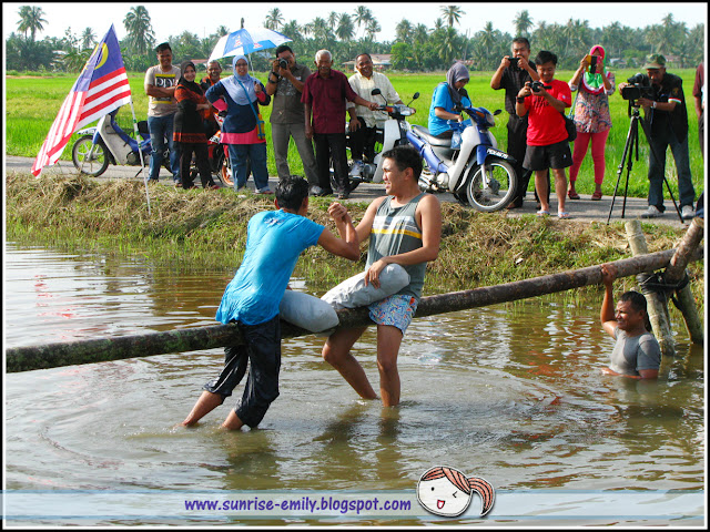 Crazy Traditional Games @ Homestay Sungai Chenaam, Penang