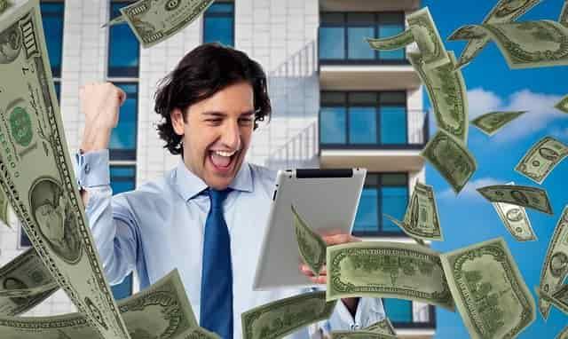 أفضل 10 طرق لكسب المال على الإنترنت