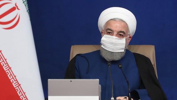 Presiden Iran Sebut Trump Dilengserkan Secara Hina