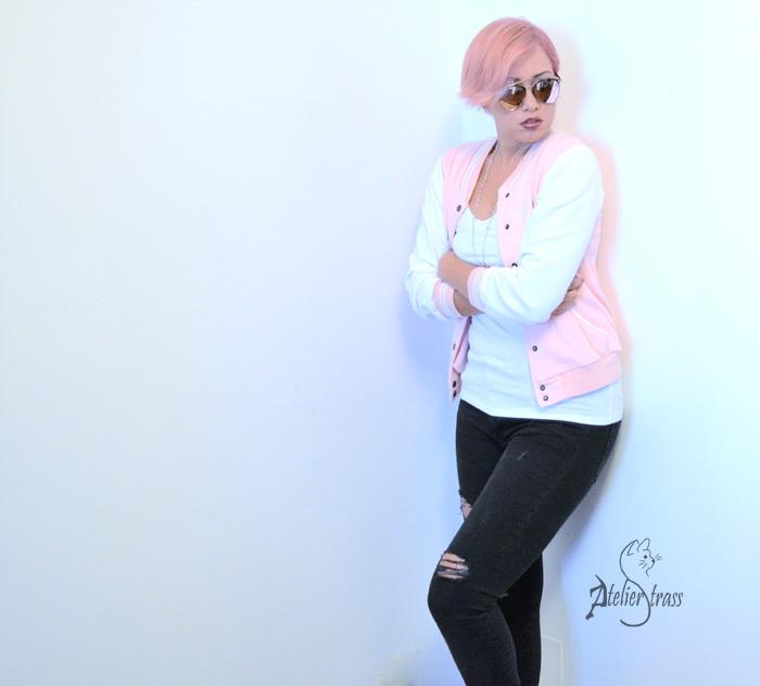 outfit con beisbolera rosa