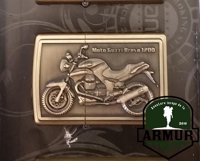 bricheta motocicleta tip zippo rock punk