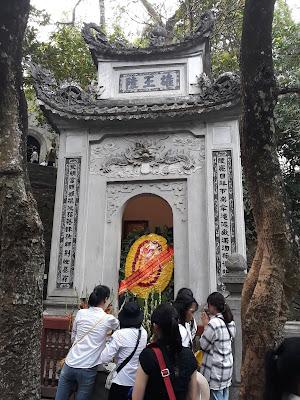 雄王陵 フン王(Hùng Vương)の陵墓