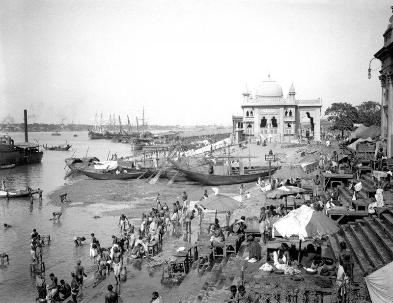 Ghats of Calcutta (Kolkata) - c1912-14