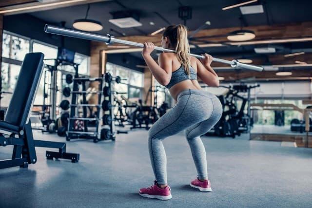 Tập gym có hại khớp và gây đau khớp không