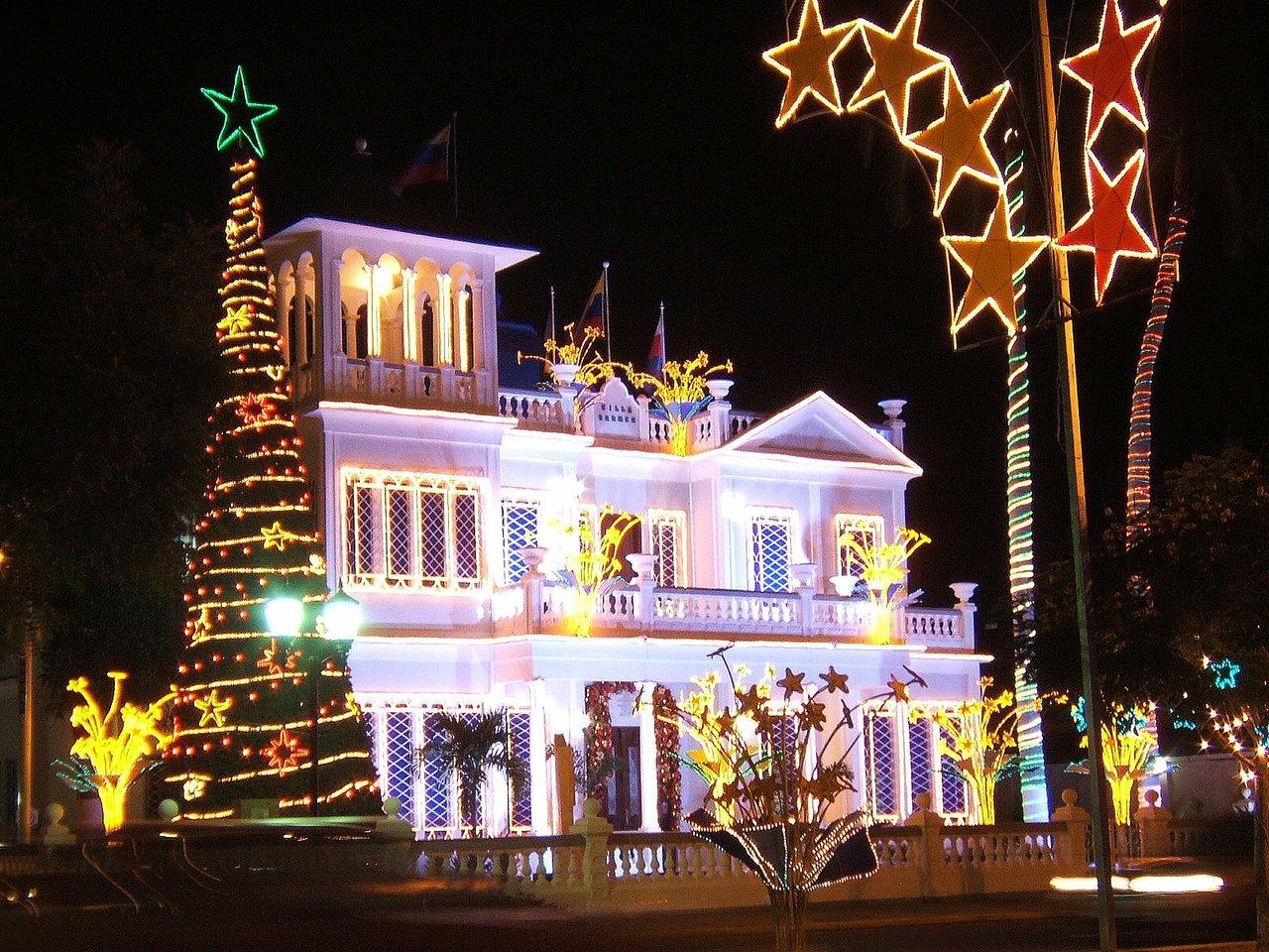 Manualidades e ideas para navidad manualidades crafts e - Casas decoradas en navidad ...