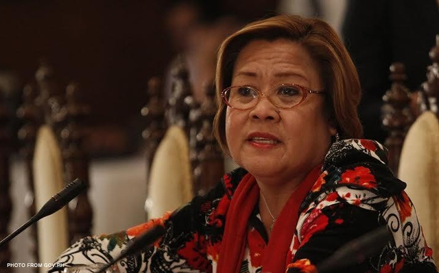 "Leila: Soldiers to be like cops in drug war ""pare-pareho lang sila"""