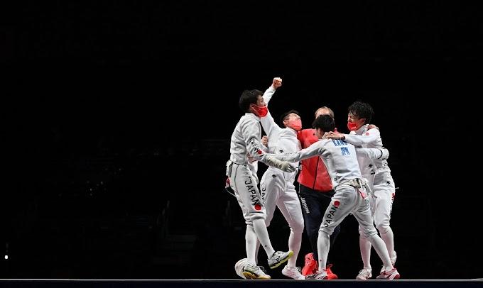 Tokió 2020 - Japán meglepetésarany a férfi párbajtőrözők csapatversenyében