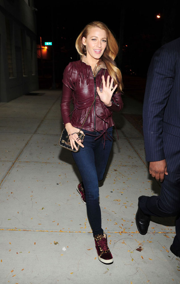 Celebrity Street Style: Blake Lively reserve us a new surprise!