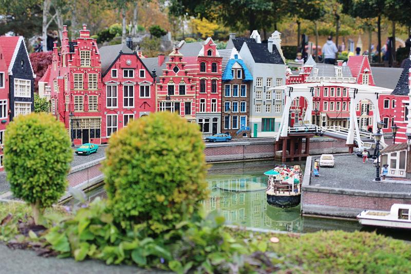 legoland miniture village
