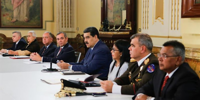 """Maduro instala el Consejo de Defensa de la Nación: quiere elevar las penas por """"traición a la patria"""""""