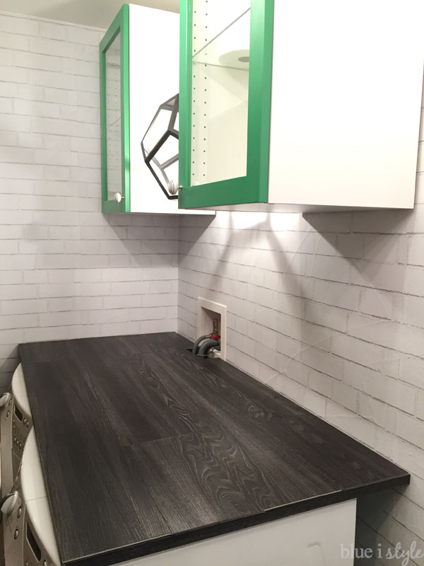 {diy with style} DIY Wood Plank Laundry Room Countertop ...