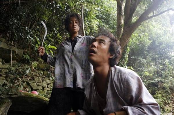 Review Film Bedevilled (2010), Pelajaran Berharga Tentang Kejujuran dan Keberanian
