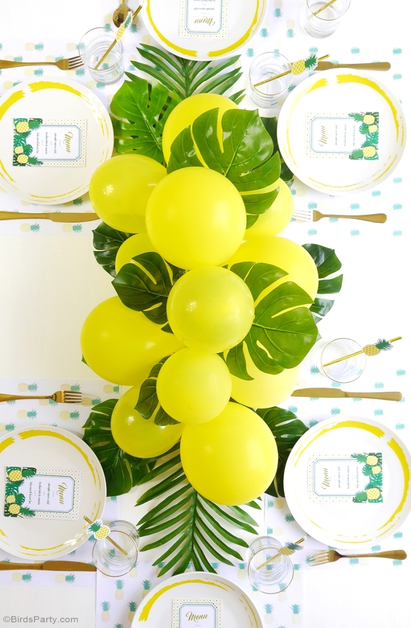Party Like a Pineapple Birthday Baloons and Fronds DIY Centerpiece - BirdsParty.com