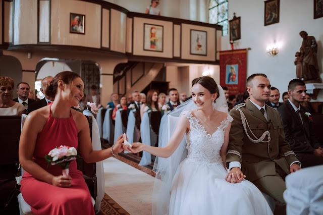 ślub, wesele, kogo wybrać na świadka