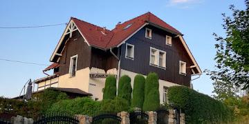 Willa Bawarka - malowniczy zakątek pośród wzniesień Karkonoszy w Piechowicach/Michałowicach woj. dolnośląskie