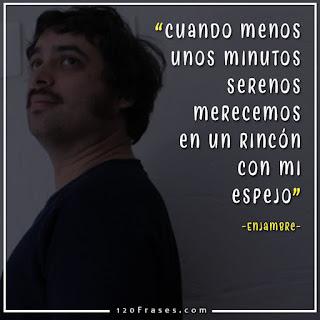 Luis Humberto Navejas Vocalista de enjambre con bigote