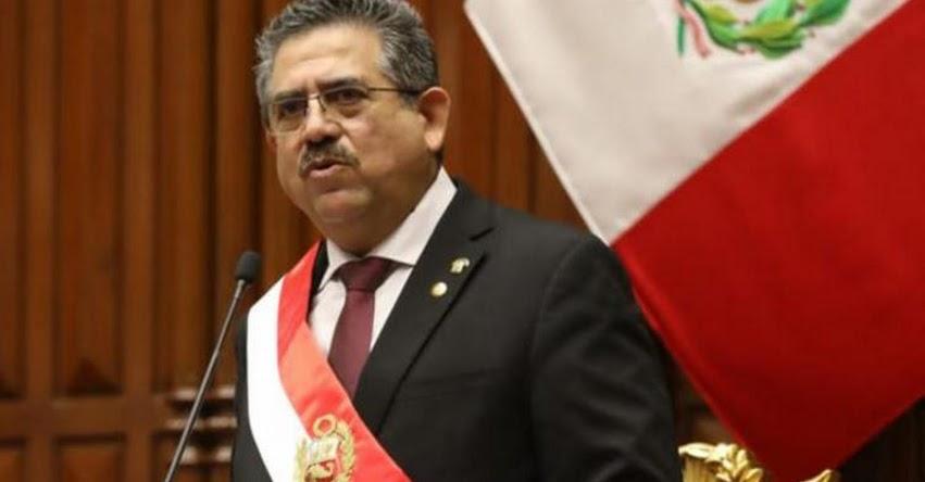 MANUEL ARTURO MERINO DE LAMA: Conoce el perfil del congresista convertido en presidente por 105 votos