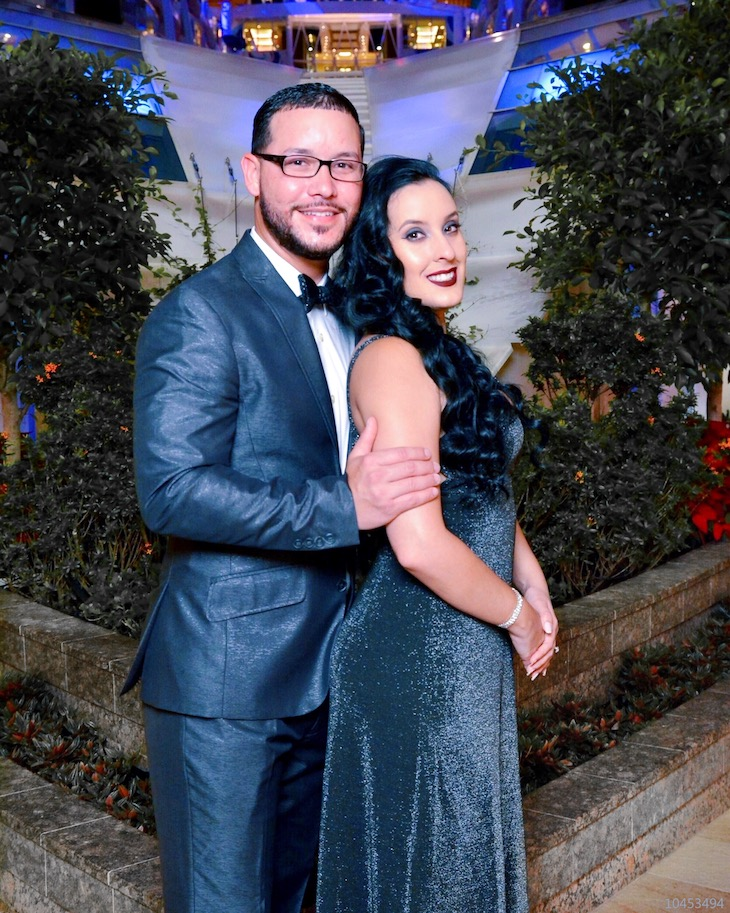 Together-Is-A-Wonderful-Place-To-Be-Harmony-Of-The-Seas-Gala-Night-OOTD-Vivi-Brizuela-PinkOrchidMakeup