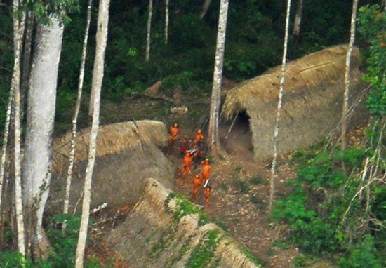 Grupo de mineros asesina a 10 indígenas de una tribu amazona