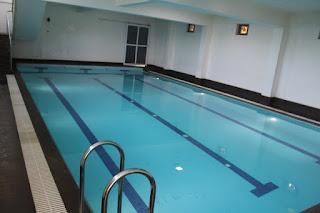 Ray Center Wilson Garden Swimming Pool