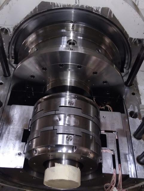 Thrust-bearing-of-centrifugal-compressor