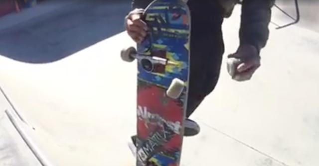 Skaten wie Bart Simpson | Daewon Song wechselt in der Luft ein Wheel - WTF?!