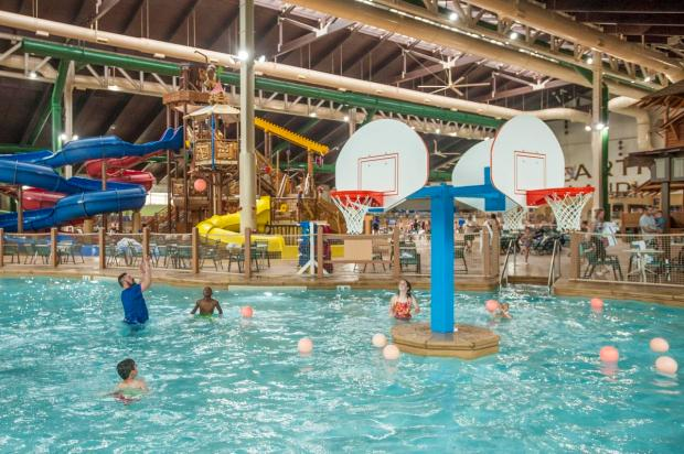 Plan your next vacation and choose from our suites and rooms at a Great Wolf Lodge resort in Anaheim, CA.