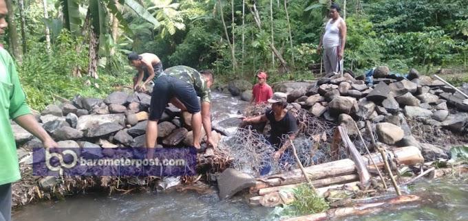 Mitigasi Bencana ,,Perbaikan Jembatan Ambrol KRPH Karangbayat