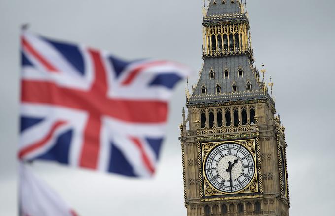 Η Βρετανία κλείνει την πόρτα σε ανειδίκευτους εργάτες και όσους δεν ξέρουν αγγλικά