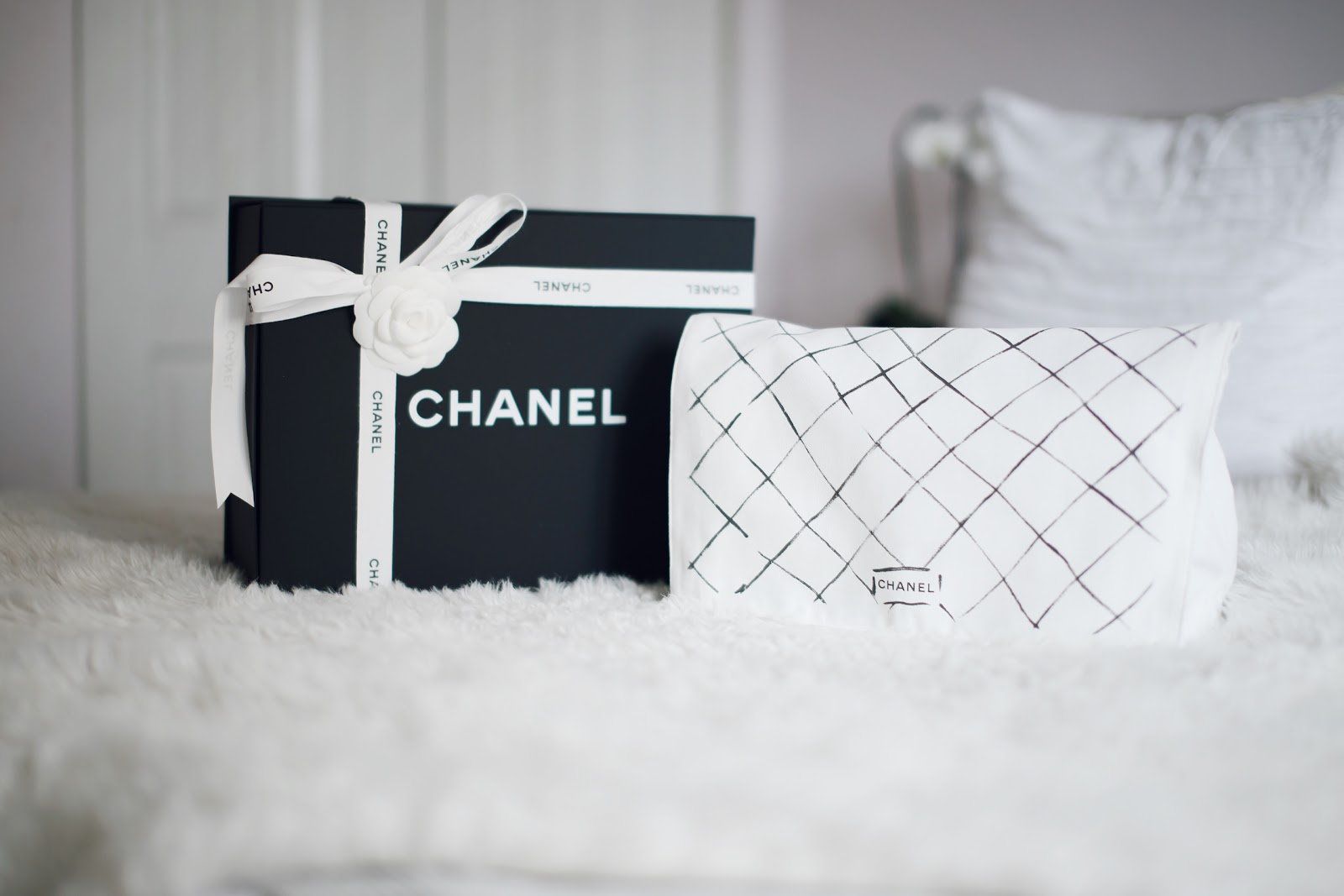 59994887989e The Chanel Classic Flap is one of the most iconic handbags ever made and  there's a reason why. Over the past few years, many agree that Chanel  handbags are ...