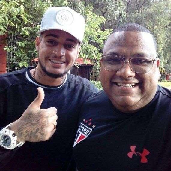 c0f1b45d9 O São Paulo acertou com o goleiro Jean, do Bahia, um contrato de cinco anos  nesta sexta-feira. Os valores da transação ainda não foram revelados e eram  ...