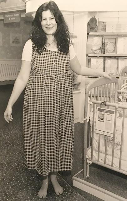 Pregnancy fashion 1995 style
