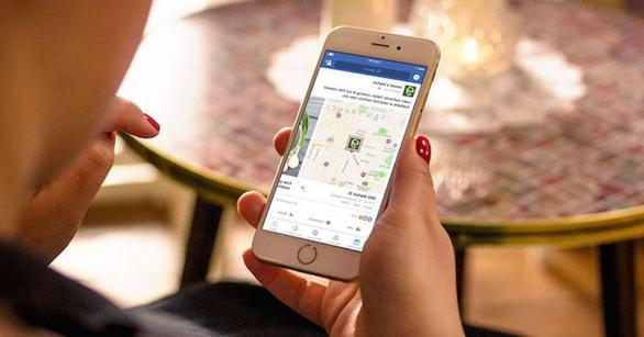Facebook bí mật theo dõi vị trí bức hình chụp từ điện thoại